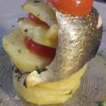Filetto di Branzino in pila di patate e Piccadilly al forno