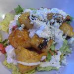 skinny wings salad, mango habanero flavor....yummy