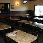 Oscar's Bar & Grill