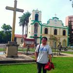Gereja St Petrus dan Taman di depannya