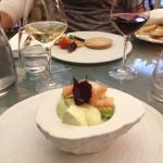 Entrées mousse d avocat aux St jacques et foie gras au naturel