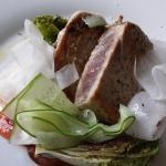 Tuna kurz gebraten mit Salat