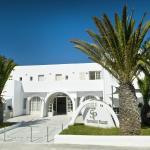 Santorini Palace Entrance