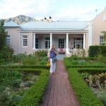 Beautiful garden & environs