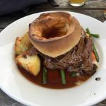 Lovely spot of Sunday lunch in the Unicorn. Beef done perfectly. Good choice of Ales.