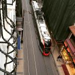 Tram passando na porta do hotel (estação Gulhane)