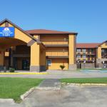 Photo de Americas Best Value Inn & Suites - Lafayette North/I-10