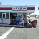 Friendly Ice Cream Place to visit!!!! With alot of coffe choices, banana splits and other treats