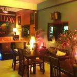 Photo de Papillon Bar & Restaurant