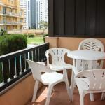 Empuriabrava - Terraza de un apartamento en los ''Apartaments Comte d'Empuries'' (14-05-2015)