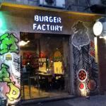 صورة فوتوغرافية لـ Burger Factory 2012