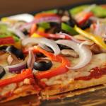 Veggie Delight Flatbread Pizza