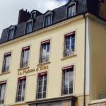 La nouvelle façade du restaurant visible depuis la place des jacobins