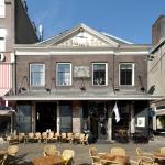 Stadscafe and Proeverij De Waag Foto