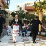 Kreatansk dans på hotellet