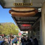 Foto de Taxi Dogs