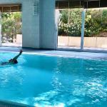 Schöner Pool Bereich mit Sauna und Whirlpool