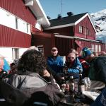 Have a beer or some drinks at the outdoor afterski area