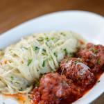 Linguine Polpette - Sugo di pomodoro, roasted garlic cream sauce, fresh herbs, meat balls, parmi