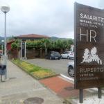 Acceso y parking Ruperto