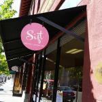 Santa Rosa Sift Cupcakes downtown