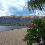 Foto de Green Gables Beach Resort