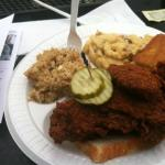 hot chicken combo - 1 meat