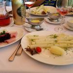 Asparagi Bianchi con parmigiano e uova