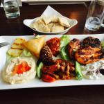 Lynn Cafe- Bar Restaurant