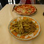 Delicious pizza and pasta!
