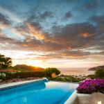 Stunning Sunset View from La Canoa Pool