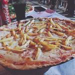 E pizza sia!