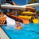 Splash World mit 13 Rutschen, für Kinder ab ca 7 Jahren aber auch für Erwachsene eine willkommen