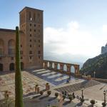 Plaza de Santa Maria de Montserrat