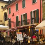 Nice restaurant with an amazing friendly service located in the heart of Bardolino