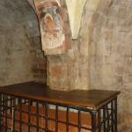 La tomba dei santi nella cripta