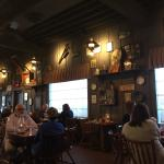 Foto de Cracker Barrel Restaurant and Old Country Store