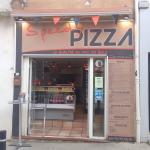 Enseigne de Speedy Pizza
