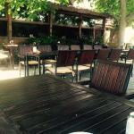 Le Jardin Cafe & Restaurant