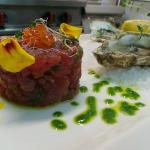 tartare di tonno e ostriche francesi