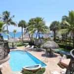 Foto de High Noon Beach Resort