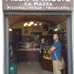 Foto van La Piazza risto-tavola calda. Se non ci fosse dovrebbero inventarla