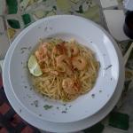 Spaguettis en salsa blanca