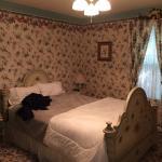 Queen's Room 3