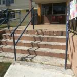 escaleras rotas y en mal estado