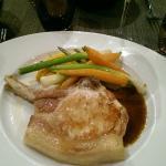 cote de cochon grillée légumes croquants purée de patate douce jus gras plat