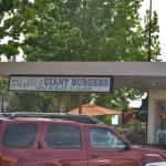Foto van Phyllis' Giant Burgers
