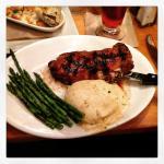 Ribeye steak with horseradish mashed potatoes and asparagus