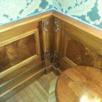 Corner detail - beautiful wood!