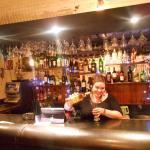 En la barra eligiendo mi bebida favorita ! variedad de Tequila !
